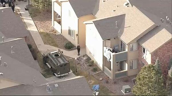 Rendőrökre lőttek Denverben, egyikük meghalt