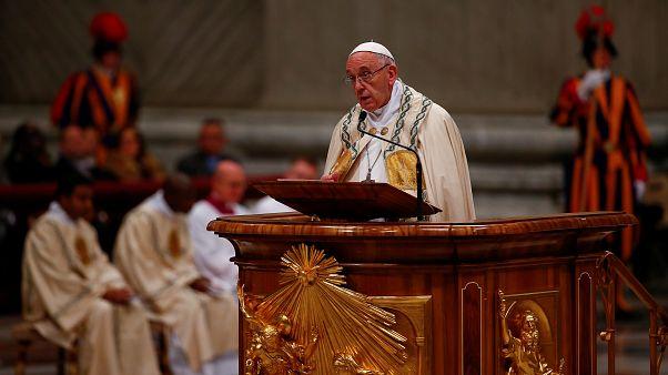 Le pape François affiche son soutien aux Coptes