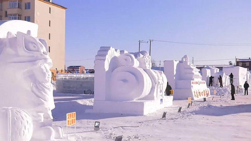 Çİn'de kardan heykel yarışması