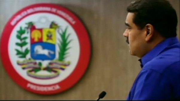 Maduro sube un 40 % el salario mínimo ante la explosión de precios