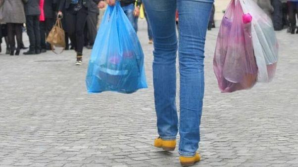 Τέλος στη δωρεάν πλαστική σακούλα