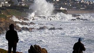 "Sturm ""Carmen"" in der Bretagne"