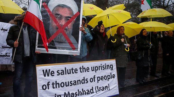 Ιράν: Κόντρα Ρουχανί-Τραμπ εν μέσω βίαιων διαδηλώσεων