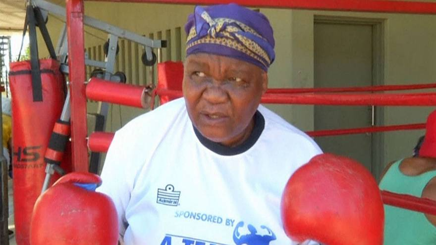 South African grannies take up boxing to keep fit