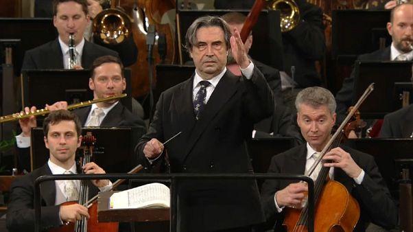 Viyanalılar 2018'e klasik müzik eşliğinde girdi