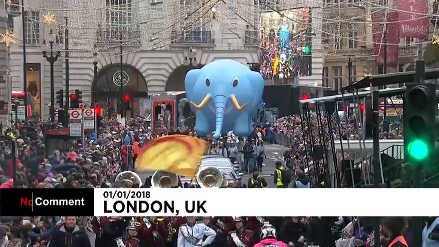 La tradizionale sfilata in maschera a Londra