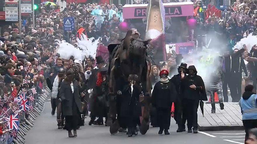 В Лондоне прошел новогодний парад