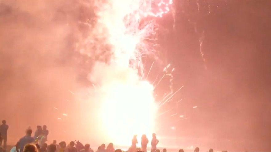 Ahogamientos, incendios, explosiones.... Los peligros de la Nochevieja