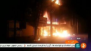 Hamaney: İran'ın düşmanları para, silah ve istihbarat yoluyla ülkeyi karıştırıyor