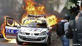 Vague d'indignation en France après l'agression filmée de deux policiers