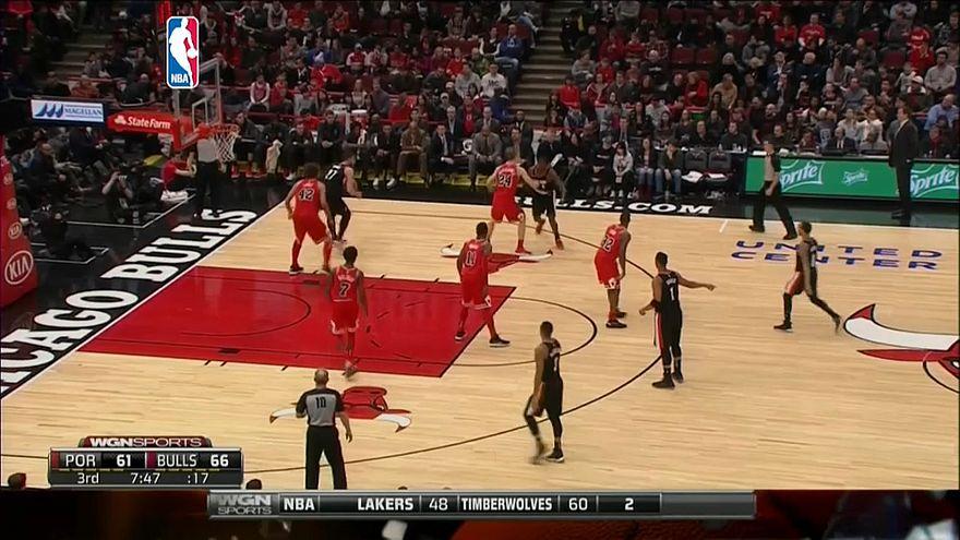 """НБА: """"следопыты"""" одолели """"быков"""""""