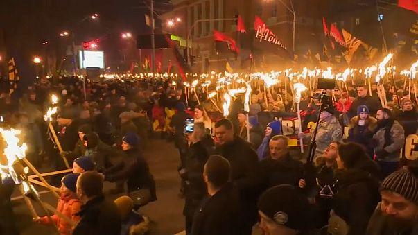 Des milliers de nationalistes ukrainiens dans les rues de Kiev