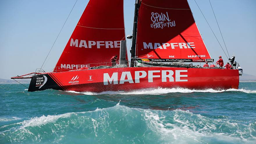 Volvo Ocean Race: Mapfre leads start of leg 4
