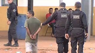 Motim numa prisão no Brasil faz 9 mortos e 77 reclusos em fuga