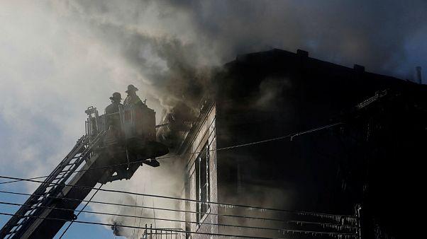 ABD'de yangın: 23 yaralı