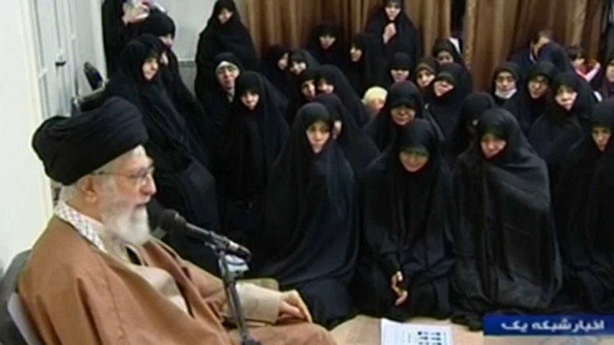 Irán ellenségeit okolja az ajatollah