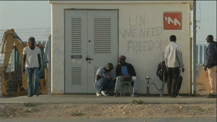 Israel da un ultimátum a miles de africanos indocumentados