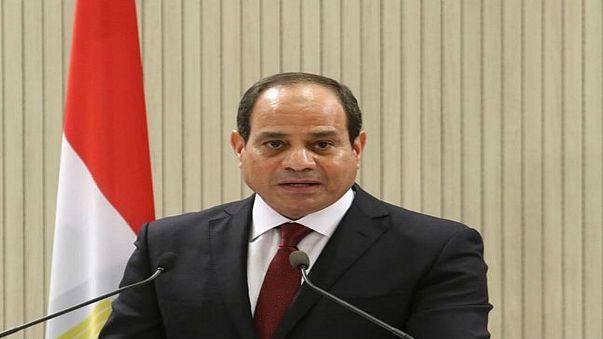 الرئيس المصري يمدد حالة الطوارئ 3 أشهر أخرى