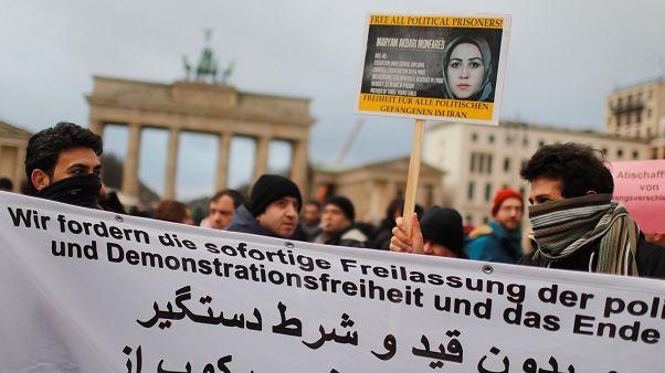 Berlin, Rom, London: Solidarität mit Demonstranten im Iran