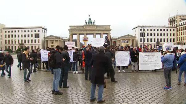 Irán: támogató tüntetések Európában