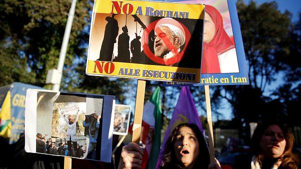 Manifestazioni a favore del popolo iraniano