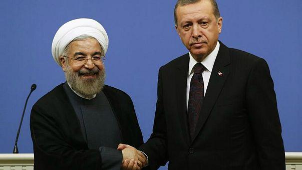 الرئيسان الإيراني حسن روحاني والتركي رجب طيب إردوغان