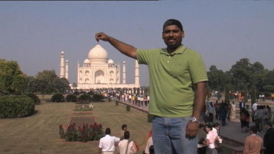 India: troppi turisti, Taj Mahal a numero chiuso