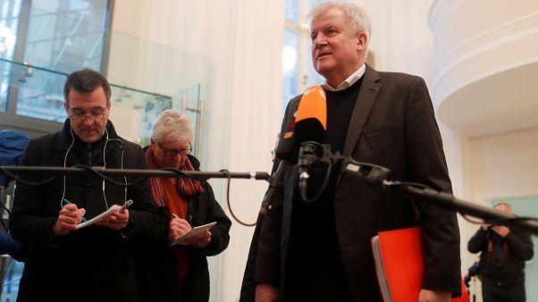 Лидер ХСС Хорст Зеехофер перед началом переговоров