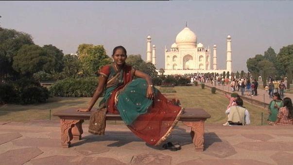 Tac Mahal'e ziyaretçi kısıtlaması geliyor