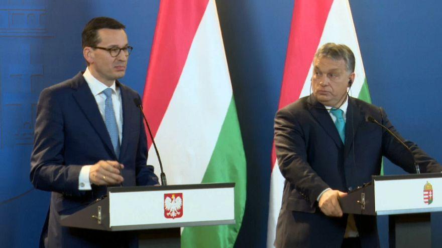 Hungria e Polónia rejeitam migração da UE