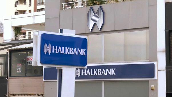 """Usa condannano banchiere turco, """"aiutò l'Iran ad aggirare le sanzioni"""""""