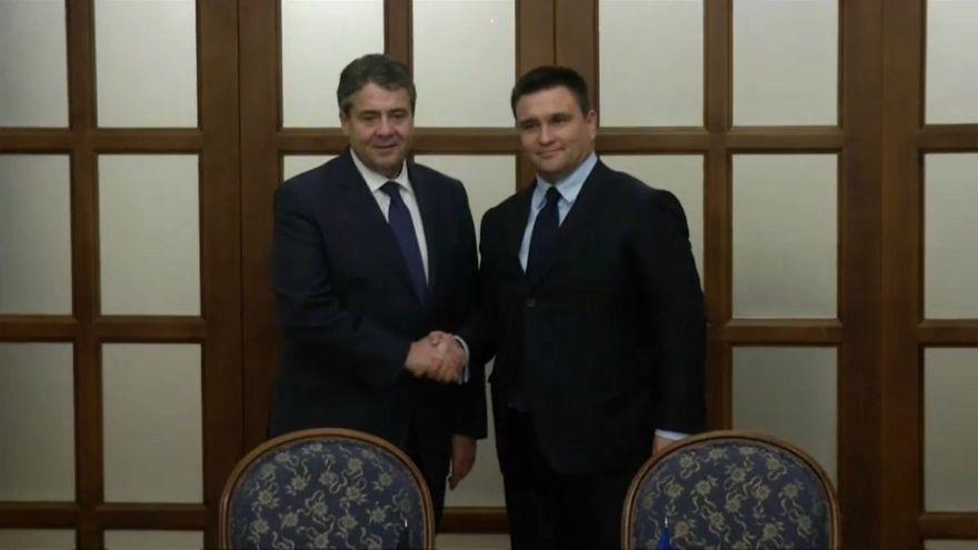 Ministro Esteri tedesco a Kiev, sul tavolo armi Usa all'Ucraina