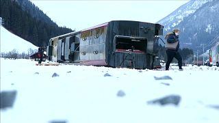 """Sturm """"Burglind"""" fegt mit Tempo 200 über die Schweiz"""