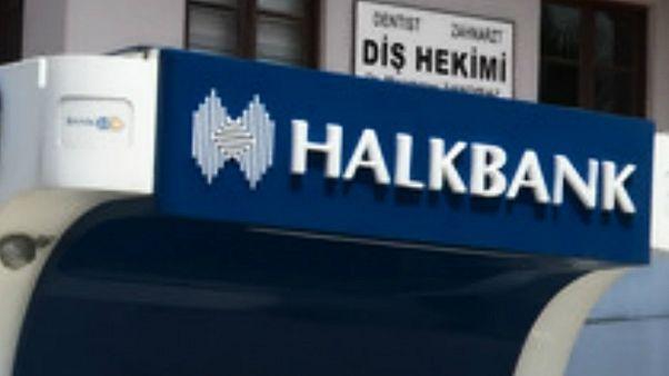مدیر بانک ترکیهای برای کمک به ایران در دور زدن تحریمها مجرم شناخته شد
