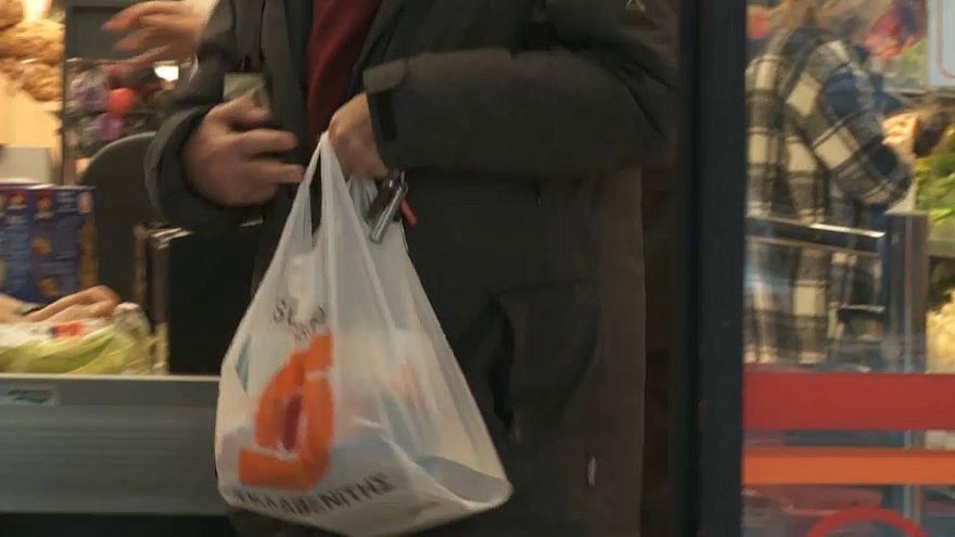 Plastiktüte?  Nicht mehr gratis in Griechenland