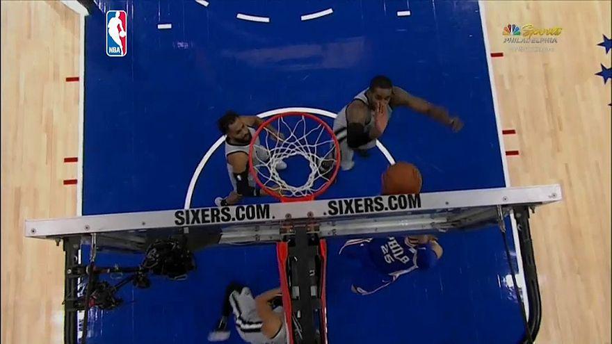"""НБА: """"76"""" вырвали победу у """"Спёрс"""""""