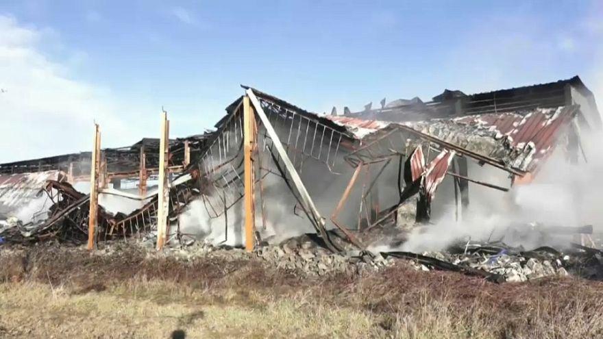 Incendio nel Pavese. Una discarica abusiva secondo l'Arpa