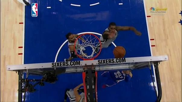 Aciaga noche de Pau Gasol en la derrota de los Spurs ante los Sixers en la NBA