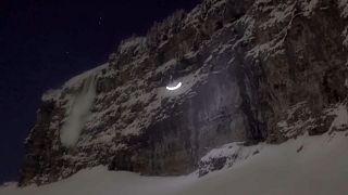 Speedriding: spettacolo notturno a Chamonix