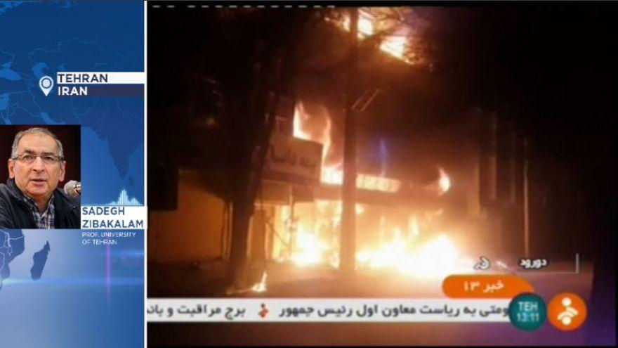 """Zibakalam: """"Politica la causa degli scontri in Iran"""""""