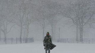 Χιονοθύελλα-βόμβα στη Νέα Υόρκη