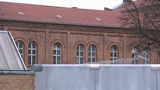 Berlin'de cezaevinden firar edenlerin sayısı 9'a yükseldi