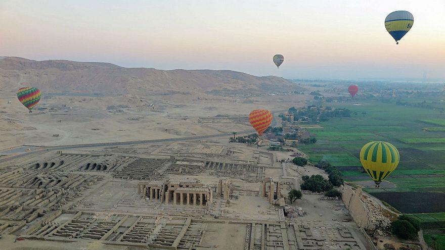 Hot air balloon crash kills tourist in Luxor, Egypt