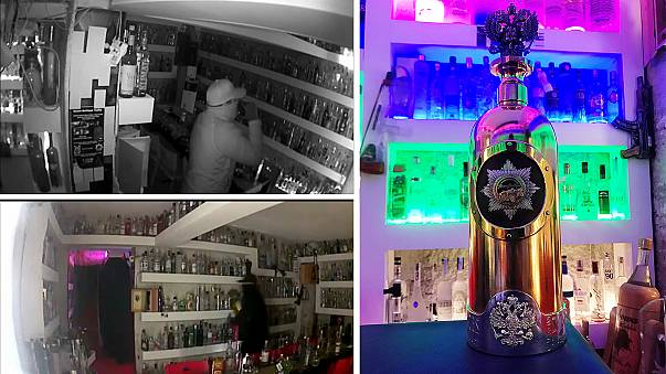 BINTEO: Έκλεψαν μπουκάλι βότκας αξίας ενός εκατομμυρίου ευρώ από μπαρ!