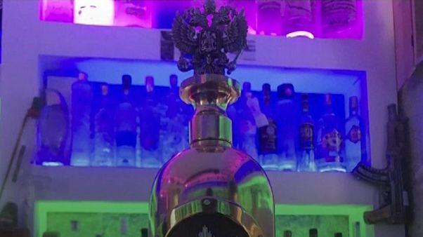 Roban y vacían la botella de vodka más cara del mundo
