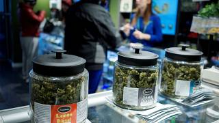 L'administration Trump resserre la vis sur le cannabis récréatif