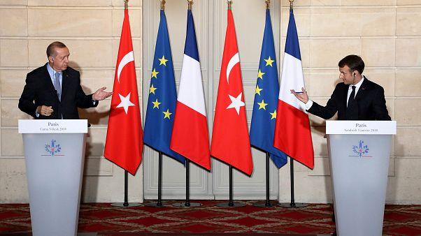 Макрон принял Эрдогана в Елисейском дворце