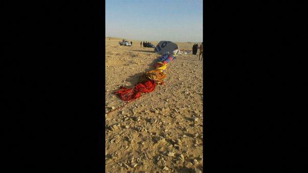 Turistas, víctimas de un accidente de globo en Luxor