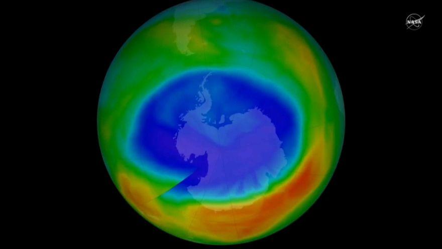 Le trou de la couche d'ozone se résorbe (lentement)