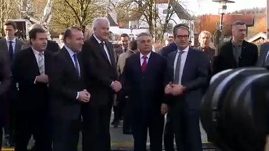 Orbán: 2018 a népakarat helyreállításának éve lesz Európában